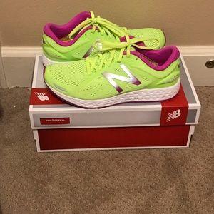 Like new New Balance Sneaker